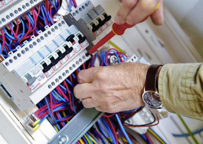 Recyclage à l'habilitation électrique